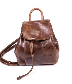 Uul brown leather Leather Backpack, Brown Leather, Backpacks, Bags, Fashion, Handbags, Moda, Leather Backpacks, Fashion Styles