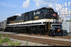 RailPictures.Net Photo: NS 1065 Norfolk Southern EMD SD70ACe at Bristol, Virginia by Sid Vaught