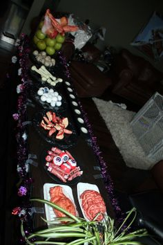 Halloween Party Ideas.  http://www.momupped.com/the-best-halloween-party.html