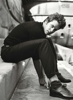 Armie Hammer by Norman Jean Roy for Details, October 2011 Armie Hammer, Gorgeous Men, Beautiful People, Suspenders Fashion, Men's Suspenders, Norman Jean Roy, Details Magazine, Most Stylish Men, Interview