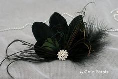 Tocado negro de plumas para novia tocado de boda por ByChicPetals