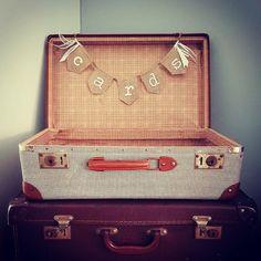 Ja, ik wil! ❤️ #linkinbio  liefslabel.nl/collectie/momenten/bruiloft/cards-juten-slinger-mini/  #mooimoment #liefs #liefslabel #bruiloft #bruiloftstyling #bruiloftdecoratie #wedding #weddingdecoration #personaliseren #vintage #datum #tekst #inspiratie #versierjebruiloft #cards #cardsslinger #cardsbanner