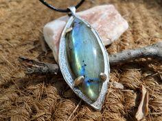 Unique Handmade Sterling Silver pendant with Labradorite gemstone.