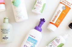 Cleanest baby wipes, wash, shampoo, lotion— We tested the cleanest baby products you can buy according to the EWG and listed them for you here! Baby Lotion, Baby Shampoo, Baby Skin, Body Wash, Baby Ideas, Whitening, Moisturizer, Skin Care, Cleaning