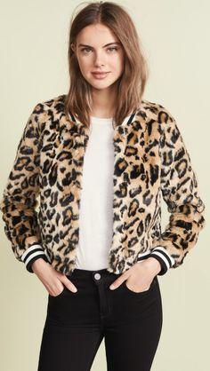 Jack by BB Dakota Clever Girl Leopard Faux Fur Bomber Fur Bomber, Printed Bomber Jacket, Trendy Fashion, Winter Fashion, Fur Fashion, Fashion 101, Runway Fashion, Style Fashion, Bomber Jacket Outfit