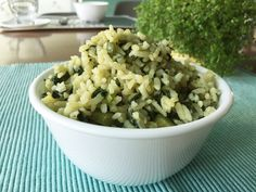 Como hacer un esponjoso y delicioso arroz verde ¡No te lo pierdas! Oatmeal, Grains, Rice, Cooking Recipes, Breakfast, Food, Green Rice Recipe, Spinach, Pumpkins