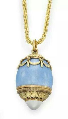Egg pendant