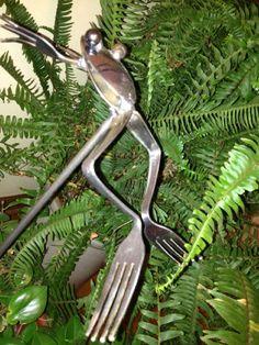 silverware art   24 leap frogs silverware art so hoppy approximately 22 stake ...