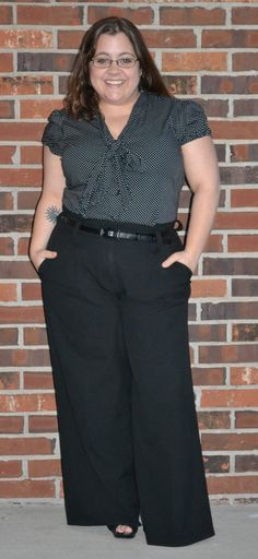 curvy and petite fashion, style bow blouse polka dots, high waist trousers, vintage, 1940s, retro    http://stylecassentials.blogspot.com/2013/04/feminine-suiting.html
