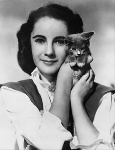 Elizabeth Taylor with Cat