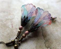 Lucite Flower Earrings, 'Charleston Pastel', Vintage Style Earrings, Hand Painted Earrings, Drop Earrings, Boho Earrings, Dangle Earrings