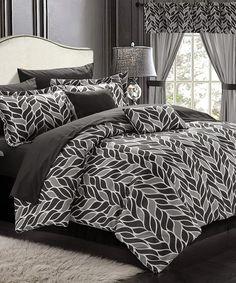 White Paisley Print Reversible 20-Piece Comforter Set