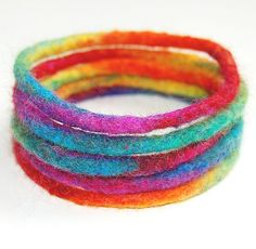 Radial Rainbow Cuff Set by therainbowroom Wet Felting Projects, Felting Tutorials, Needle Felted, Nuno Felting, Textile Jewelry, Fabric Jewelry, Felted Jewelry, Felt Bracelet, Waldorf Crafts