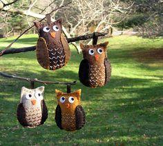 Owl felt Christmas ornaments by pickychicky, via Flickr