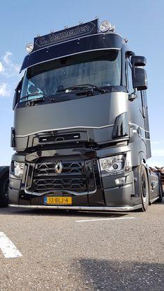 Big Rig Trucks, Cool Trucks, Semi Trucks, Customised Trucks, Custom Trucks, Mb Truck, Transport Images, Truck Living, Benne