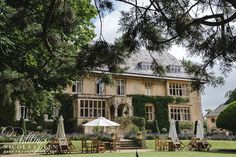 slaughters manor house summer wedding photo