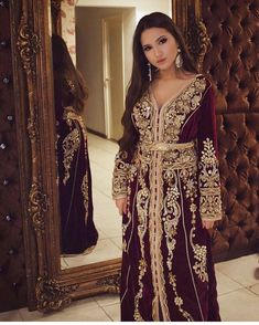 ❤️ #kaftan #moroccanstyle Moroccan Kaftan Dress, Caftan Dress, Arab Fashion, Islamic Fashion, Caftan Gallery, Muslimah Wedding Dress, Arabic Dress, Oriental Dress, Hijab Fashionista