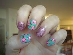 Floral nails - DIY