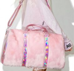 This pink fur duffel bag is so cute! Pink Lady, Backpack Purse, Purse Wallet, Melanie Martinez Style, Fur Bag, Cute Purses, Clutch, Cute Bags, My Bags