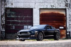 """Cars - Ford Mustang RTR : """"horde sauvage"""" de 725 chevaux ! - http://lesvoitures.fr/ford-mustang-rtr/"""