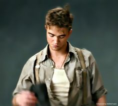 IN CHARACTER: JACOB JANKOWSKY IN WATER FOR ELEPHANTS - 2011 Great Edits by Melbie Toast Robert Pattinson Movies, Water For Elephants, Christoph Waltz, Bobby, Toast, Novels, Events, Tv