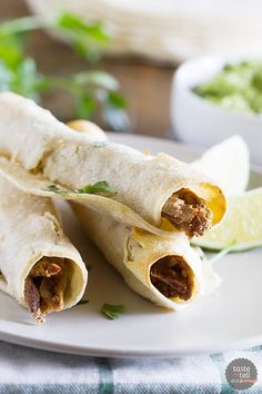 Wondering what to do with that leftover Sunday roast? Turn it into this Chipotle Beef Baked Taquito recipe and those leftovers will disappear! Wondering what to do with that leftover Sunday roast? Turn it into this Chipotle Beef Baked Taquito rec Mexican Dishes, Mexican Food Recipes, Beef Recipes, Healthy Recipes, Ethnic Recipes, Fish Recipes, Baked Taquitos, Homemade Taquitos, Great Recipes