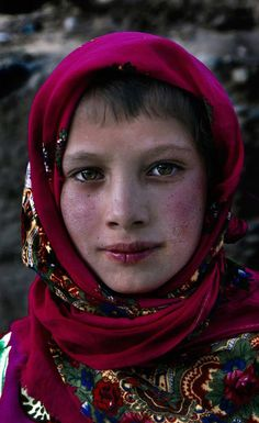 A girl from the extinct community of Renni people - Wakhan Valley, Tajik/Afghan border.http://www.odedwagen.com/