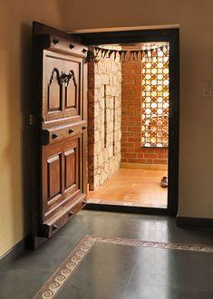 Centre for Vernacular Architecture Trust :: Gallery House Main Door Design, Village House Design, Door Design Interior, Front Door Design, Modern House Design, Indian Home Design, Kerala House Design, Indian Main Door Designs, Kerala Traditional House