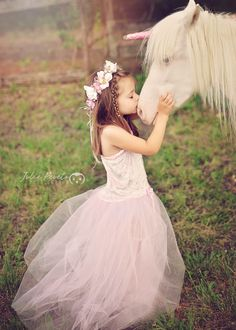 #Unicorn mini session #Child photography juliepevetophotography.com