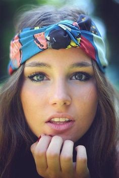 Hair scarf  Love the more natural makeup.