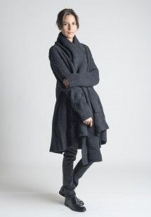 Rundholz Raw Alpaca/Wool Coat in Schwarz
