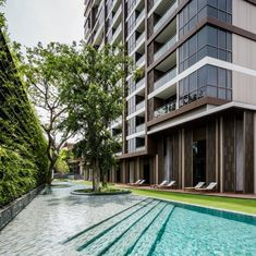 Baan Plai Haad Condominium in Pattaya by Sansiri. Architects » Steven J. Leach, Jr. + Associates Limited. Landscape Architect » TROP. #landscapearchitecturewater