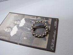 マルカジットとパールの銀製リース型ブローチ  - Maison Irisee Bis