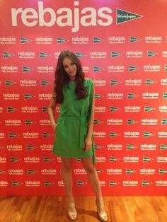 Eva González Club de Fans: Look Eva González- Campaña de verano de El Corte Inglés. Vestido verde de BDBA y sandalias de Jimmy Choo