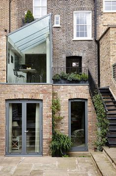 Two storey terrace house extension by Trombie House Extension Design, Extension Designs, Patio Plan, Exterior Design, Interior And Exterior, Casa Loft, London Townhouse, London House, House Extensions
