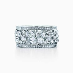 Tiffany Cobblestone band ring in platinum with diamonds, 20 mm wide.