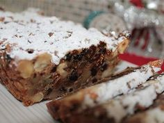 The whole family will go nuts for this positively scrumptious slice, jam-packed with fruity Christmas flavours. Xmas Food, Christmas Cooking, Christmas Desserts, Christmas Treats, Christmas Recipes, Christmas Cakes, Xmas Cakes, Christmas Entertaining, Christmas Foods
