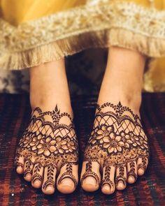 Leg Mehendi Design, Stylish Mehndi Designs, Mehndi Designs For Fingers, Best Mehndi Designs, Mehndi Designs For Hands, Mehandi Designs, Leg Henna, Leg Mehndi, Simple Henna Tattoo