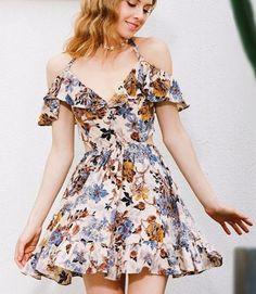 Ravishing #offshoulder #floralprint Little Dress #summeroutfit #womenfashion2018 #summer #summer2018