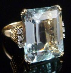 ART DECO 30CT EMERALD CUT AQUAMARINE & DIAMOND 14CT RING