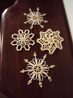 Vintage Christmas Crocheted Lace Snowflake Ornaments.