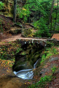 Devil's Bathtub at Old Man's Cave