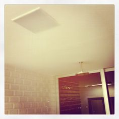 Banheiro da suite com som ambiente