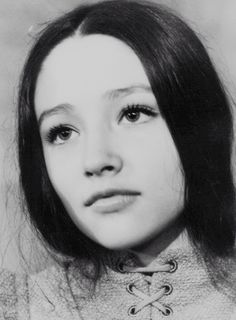 w-i-n-k: olivia hussey ~ voted worlds most beautiful person when she was younger- Actress (Played Mary in Jesus of Nazereth) Olivia Hussey, World's Most Beautiful, Beautiful Person, Beautiful People, William Shakespeare, Zeffirelli Romeo And Juliet, Juliet Capulet, Romeo Y Julieta, Portraits