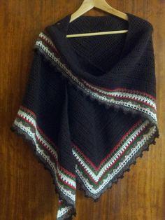 Chal, sunday shawl, marron, ganchillo