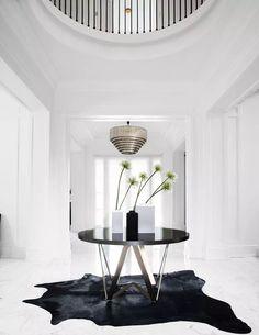 Luxury Home Furniture, Luxury Homes Interior, Luxury Home Decor, Modern Interior Design, Lobby Furniture, Lobby Interior, Rustic Furniture, Interior Ideas, Antique Furniture