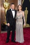 #TheOscar2014 Brad Pitt and Angelina Jolie, who wore an Elie Saab gown.