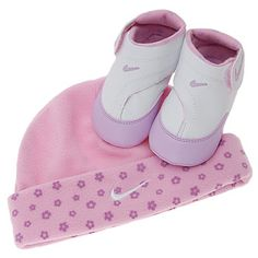 d157b1763de7 nike play baby girl - Had this exact set for my daughter.