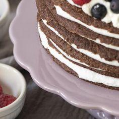 Mynte Lavendel Tortenplatte, 29cm Cupcakes, Breakfast, Food, Chest Freezer, Flower Borders, Lavender, Food Food, Morning Coffee, Cupcake Cakes