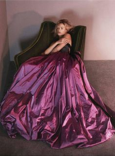 DID YOU SEE: The new direction for Oscar de la Renta? http://vogue.uk/91k73O